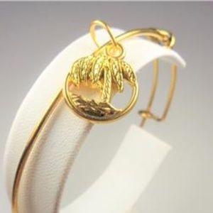Jewelry - NAUTICAL GOLD TONE PALM TREE BEACH SCENE BRACELET